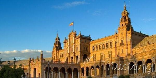 Іспанія - країна сонця, з хорошою кухнею, гостинністю і радістю життя