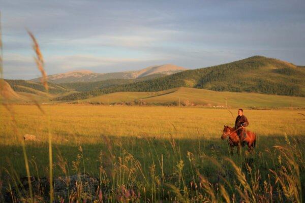Монголія - країна вічно блакитного неба і яскравих вражень [draft]